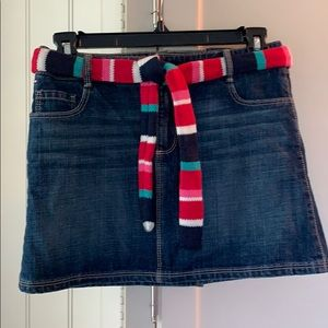 NWT! Tommy Hilfiger skirt with removable belt.